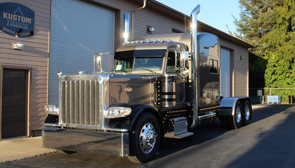 Custom Built Peterbilt Glider Kit Trucks